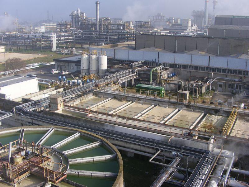 Impianto produzione acque industriali e distribuzione fluidi